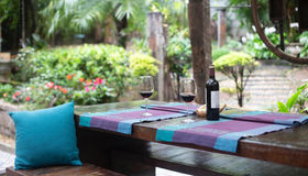 Designing an Outdoor Kitchen and Dining Area
