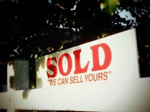 Existing home sales rebound sign