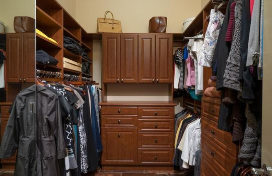 13696 N Tessali Way – Master Bedroom Closet