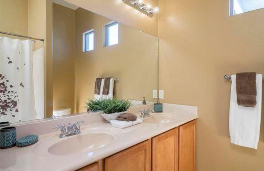 13737 N High Mountain View Place -Guest Bathroom
