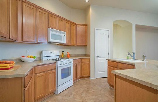 13737 N High Mountain View Place – Kitchen 1