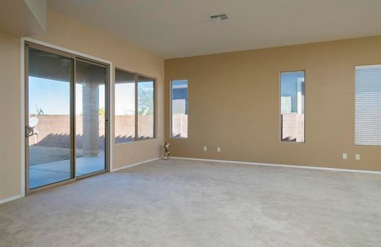 13737 N High Mountain View Place – Living Room 5