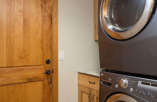 520 W Apex Court – Laundry Room 1