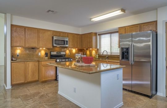 7366 W Silver Sand Drive – Kitchen