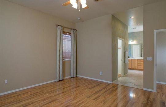 8067 N Faded Leaf Drive, Tucson, AZ 85743 (8)