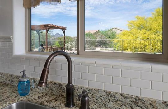 8215 N Willow Blossom Drive – Kitchen 4
