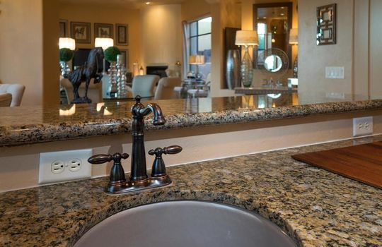 996 N Lone Mesquite Drive – Kitchen 4