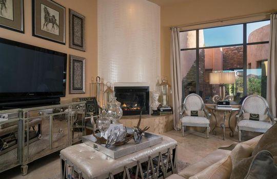 996 N Lone Mesquite Drive – Living Room 1