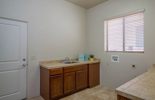 laundry-room-with-sink