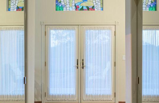 dual-huge-walk-in-closets