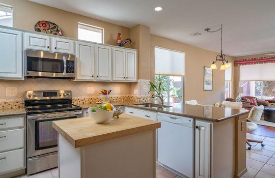 beautifully-remodeled-kitchen-shot-1
