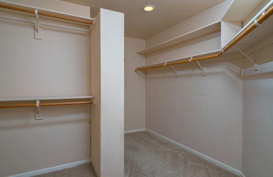 master-walk-in-closet