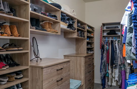 master-closet-with-built-ins