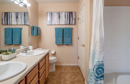 Main Bedroom Private Bath