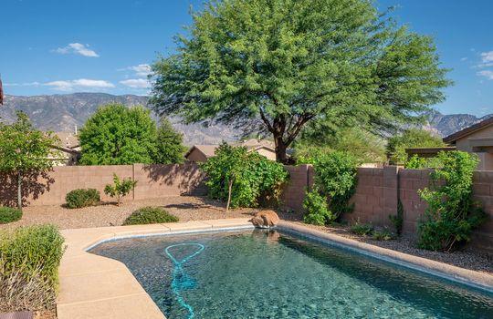 Mountain Views and Refreshing Pool