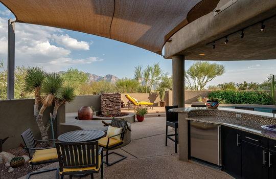 Outdoor Kitchen Space Shot 2