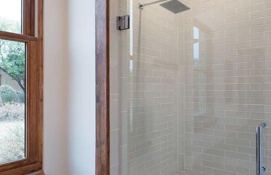 Second Guest Bedroom En Suite Bath Shot 2