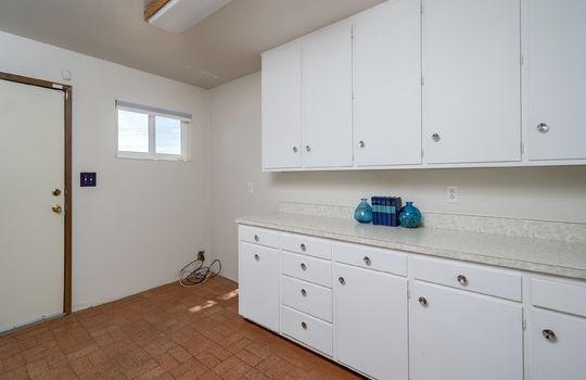 Pocket Office-Flex Space off Primary Bath