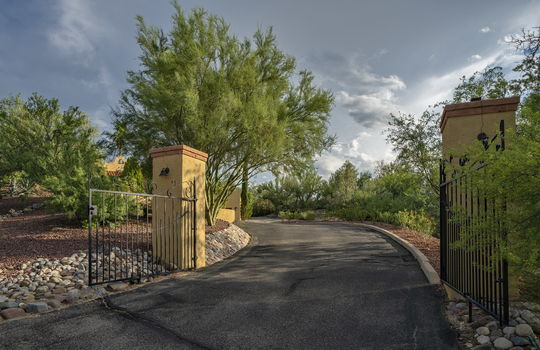 Private Gated Entry