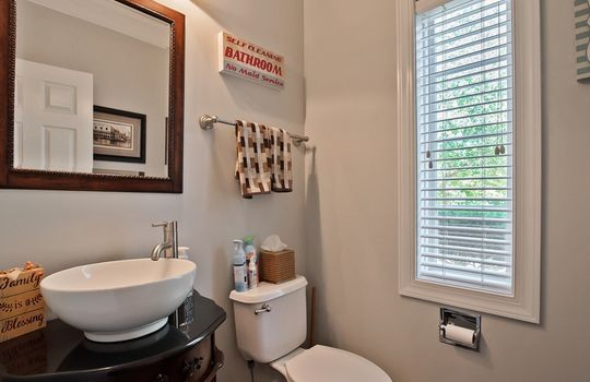 029_Half Bathroom