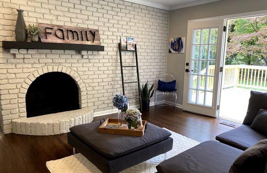 family room 3