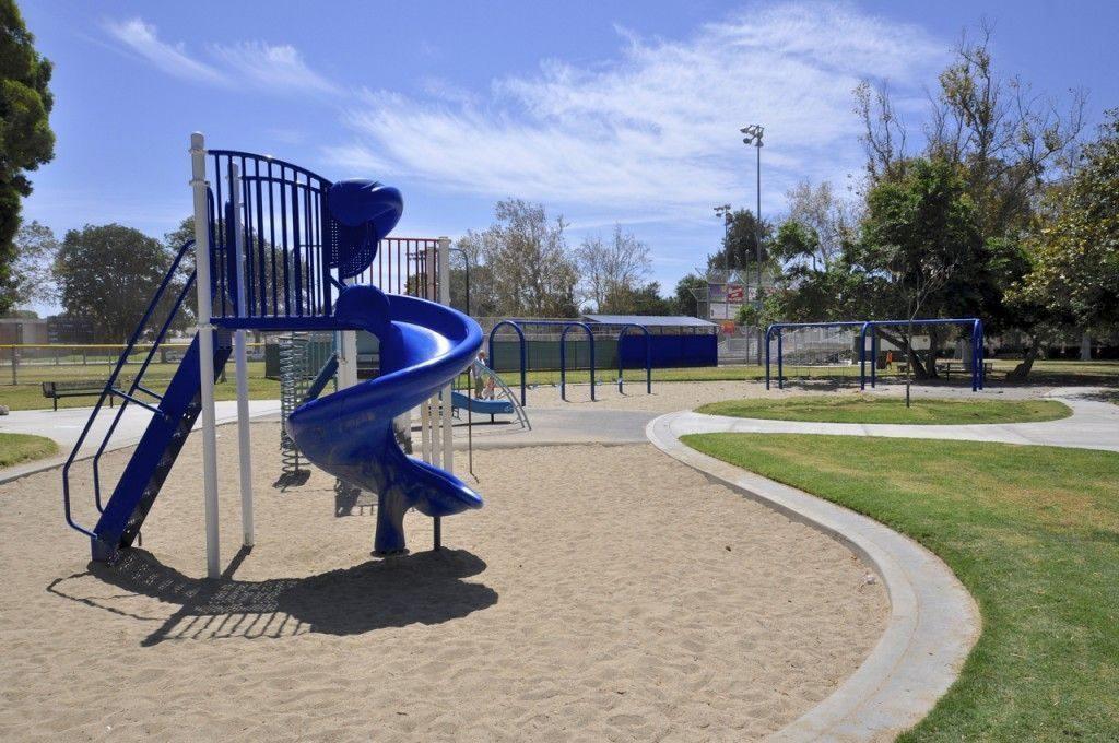 Los Altos, Long Beach, CA