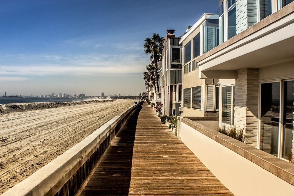 waterfront homes in Long Beach
