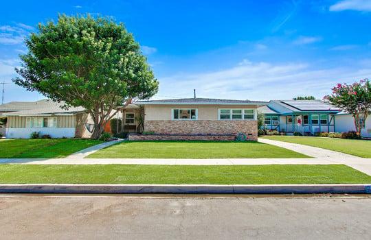 2846 Ladoga Avenue, Long Beach CA 90815