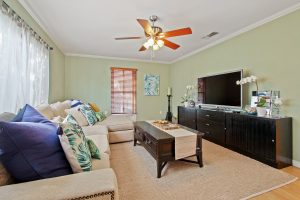 Selling Your Home for Top Dollar - Living Room Photo