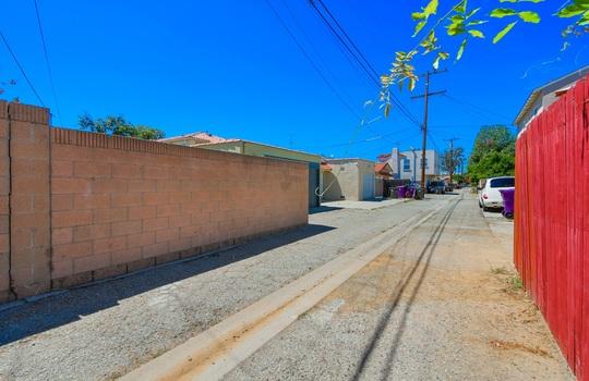 2510 Eucalyptus Ave.