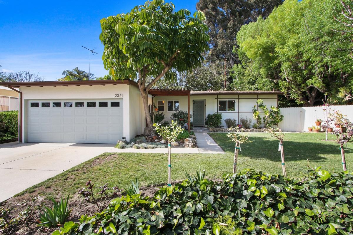 2371 Faust Ave., Long Beach CA 90815