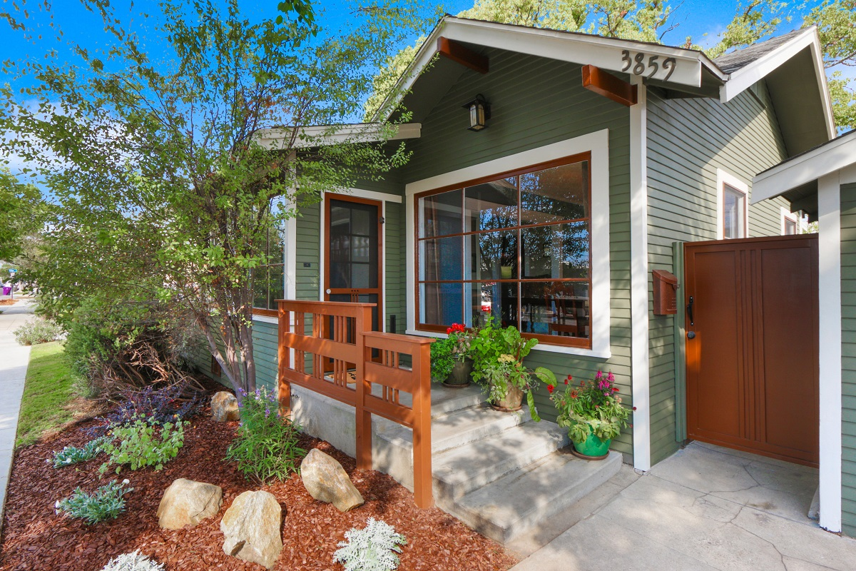 Green home in Long Beach