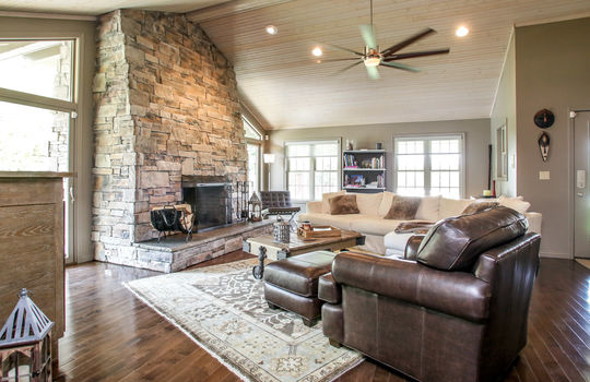 multigenerational-architects-house-for-sale-kentucky-205