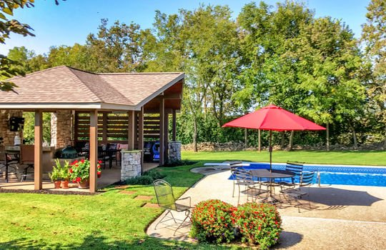 multigenerational-architects-house-for-sale-kentucky-385