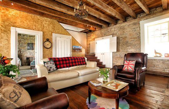 Stone-homes-for-sale-Wake-Robin-Kentucky-025
