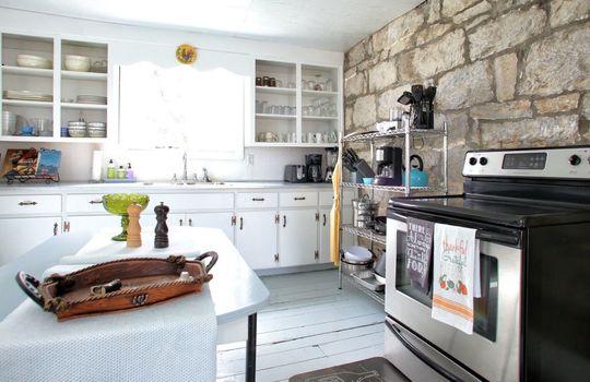 Stone-homes-for-sale-Wake-Robin-Kentucky-050