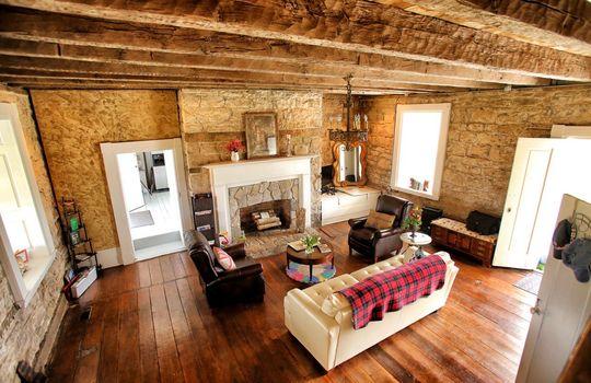 Stone-homes-for-sale-Wake-Robin-Kentucky-075