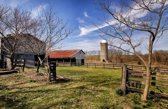 Stone-homes-for-sale-Wake-Robin-Kentucky-135