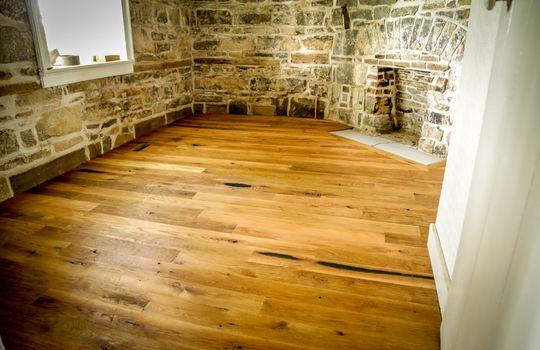 Stone-homes-for-sale-Wake-Robin-Kentucky-155