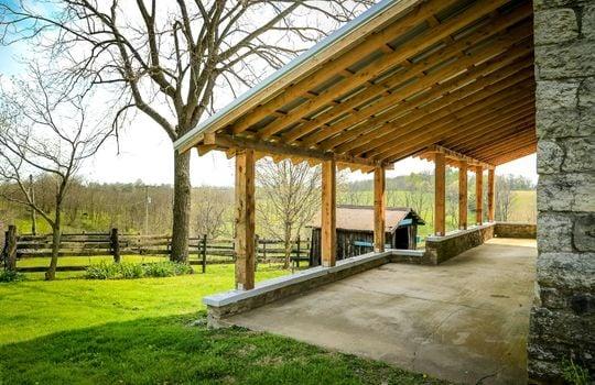 Stone-homes-for-sale-Wake-Robin-Kentucky-160