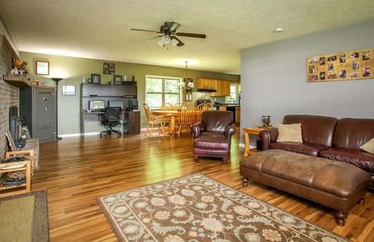 sustainable-farm-cabin-for-sale-in-kentucky-140