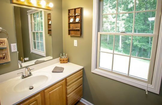 sustainable-farm-cabin-for-sale-in-kentucky-170