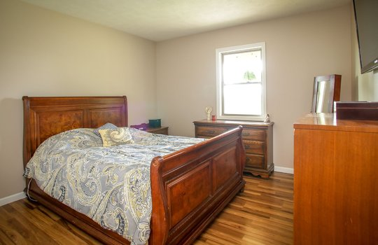 sustainable-farm-cabin-for-sale-in-kentucky-175