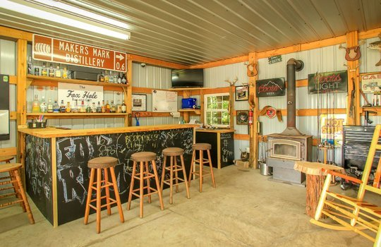 sustainable-farm-cabin-for-sale-in-kentucky-215