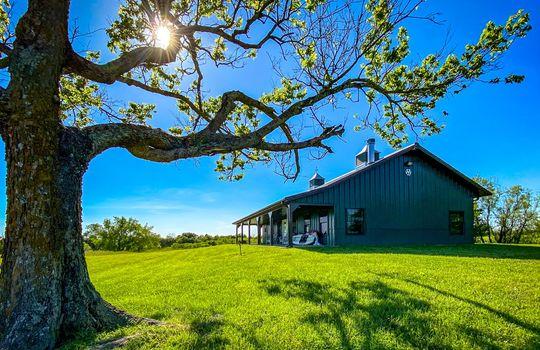 Metal-building-home-log-cabin-Big-Land-200-acre-Getaway-Property-010