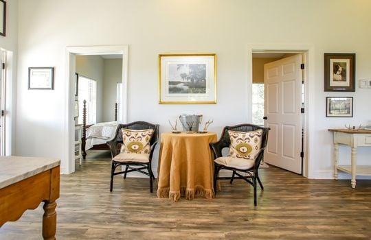 Metal-building-home-log-cabin-Big-Land-200-acre-Getaway-Property-040