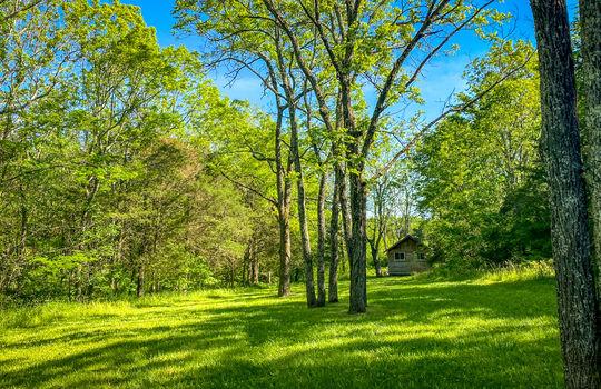 Metal-building-home-log-cabin-Big-Land-200-acre-Getaway-Property-094