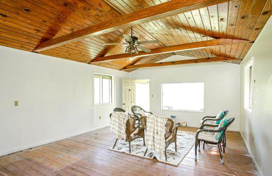 Metal-building-home-log-cabin-Big-Land-200-acre-Getaway-Property-102