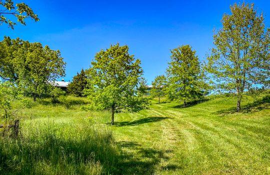 Metal-building-home-log-cabin-Big-Land-200-acre-Getaway-Property-104