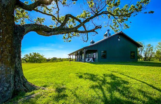 Metal-building-home-log-cabin-Big-Land-200-acre-Getaway-Property-110